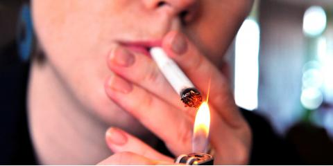 Eye Doctor Explains the Link Between Eye Health & Smoking, Honolulu, Hawaii