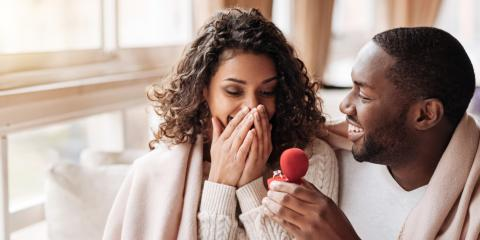 Dos & Don'ts of Proposing During the Holidays, Cincinnati, Ohio