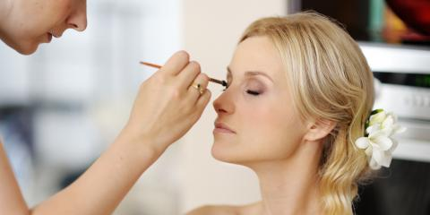 3 Tips for Applying Makeup Around Eyelash Extensions, Honolulu, Hawaii