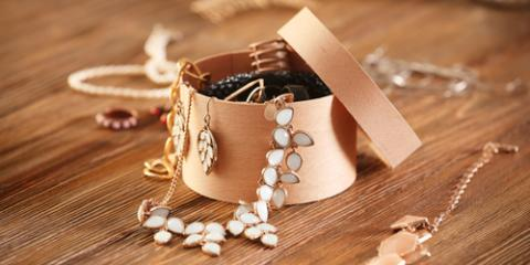 How to Find the Best Antique Jewelry , Greece, New York
