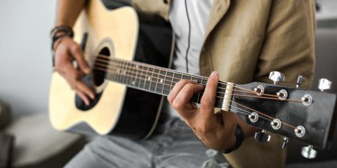 3 Tips for Cleaning Your Guitar Before Selling to a Pawnshop, Kingman, Arizona