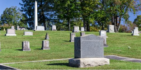 3 Factors to Consider Before Buying a Grave Marker, Kingston, Massachusetts