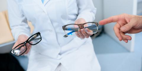 3 Symptoms of a Wrong Eyeglasses Prescription, Mukwonago, Wisconsin