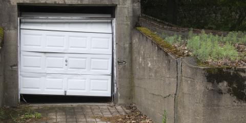Should You Get Garage Door Repairs or Buy Replacement Doors?, Sioux City, Iowa