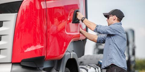 How to Drive Around Semi-trucks Safely, Phoenix, Arizona