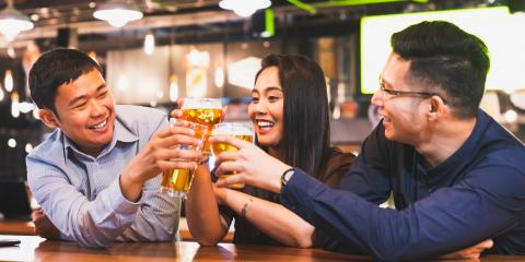 How to Enjoy Happy Hour With Your Coworkers, Honolulu, Hawaii