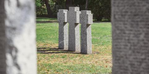 What You Should Know About Headstone Refinishing, Rochester, New York