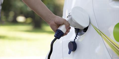Your Next New Car Could Save You at the Pump: Considering the Nissan Leaf®, Cincinnati, Ohio