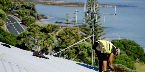 4 Easy Roof Maintenance Tips to Follow if You Have a Leaky Roof, Ewa, Hawaii