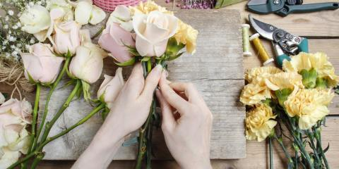5 Impeccable Flowers to Pair With Roses for a Valentine's Day Bouquet, Manhattan, New York