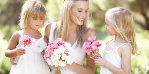 How and When to Choose Your Wedding Flowers , Parma, New York