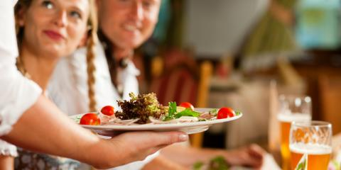 3 Benefits of Eating at a Local Restaurant with Your Family, York, Nebraska