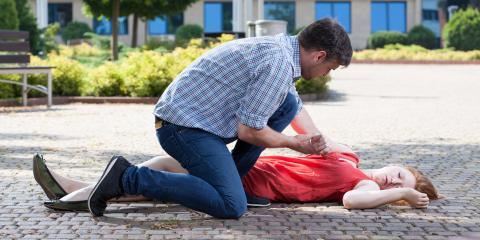 3 Steps to Take if Someone Falls Unconscious, Mill City, Oregon