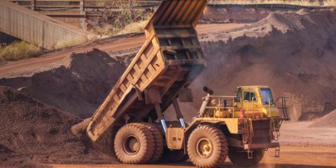 3 Important Safety Tips for Dump Truck Hauling & Heavy Equipment Transport, Columbia, Illinois