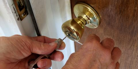 4 Factors to Consider When Choosing a Locksmith, Terryville, New York