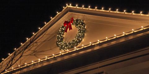 How Can You Hang Holiday Decorations Without Hurting the Roof or Gutters?, Frankfort, Kentucky