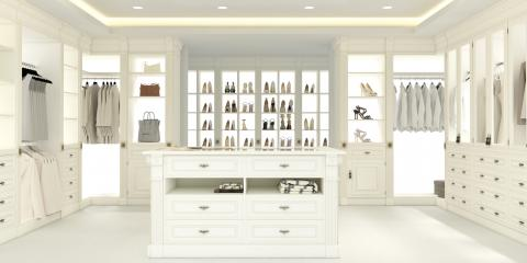 3 Accessories That Improve the Organization of Walk-In Closets, Covington, Kentucky