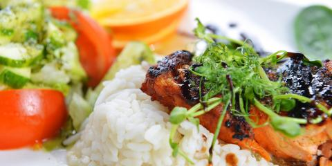 4 Ways to Eat Healthy Foods While Dining Out, Honolulu, Hawaii