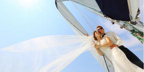 "Why Charter Tour Weddings Are the Best Way to Say ""I Do"", Honolulu, Hawaii"