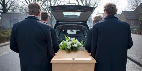 3 Wardrobe Tips for Winter Funeral Services, Trumbull, Connecticut