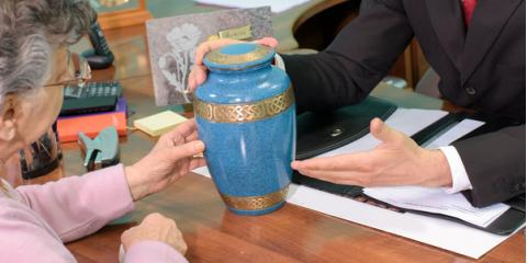 3 Tips for Personalizing a Loved One's Urn , Seymour, Missouri