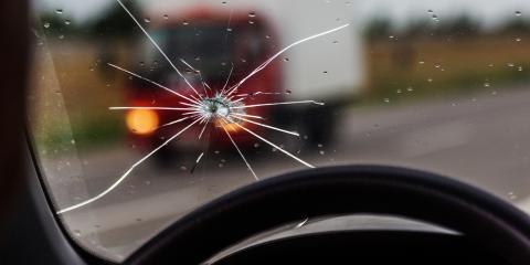What to Do When a Car Windshield Breaks Suddenly, ,