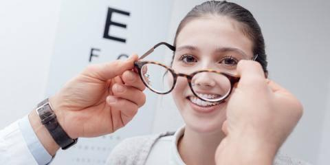 A Guide to Choosing Between Eyeglasses & Contact Lenses, High Point, North Carolina