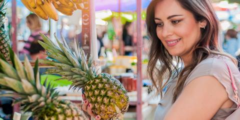 Why Fruits Eaten On-Site at a Farm Taste Better, Waialua, Hawaii