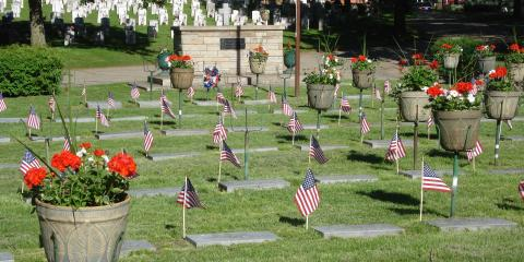 Meaningful Decoration Options for Grave Sites, La Crosse, Wisconsin
