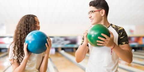 3 Reasons to Have a Corporate Party at a Bowling Center, Queens, New York
