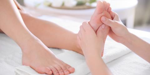 3 Things a Foot Reflexology Massage Therapist Knows Before You Tell Them , Honolulu, Hawaii