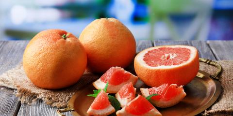 Fresh Fruit Market Explains the Difference Between Red & White Grapefruit, Byron, Wisconsin