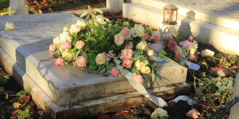 3 Common Flowers Used In Funeral Arrangements Their Meaning Seymour Missouri