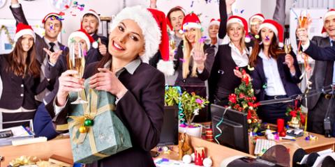 Give Your Employees the Gift of Corporate Apparel This Holiday Season, Overland Park, Kansas