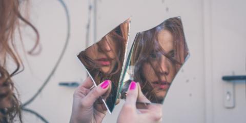 Custom Glass Experts Explain How Broken Mirrors Came to Mean Bad Luck, Ballwin, Missouri