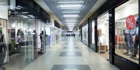 3 Ways Glass EnhancesCommercial Storefronts, Fairbanks, Alaska
