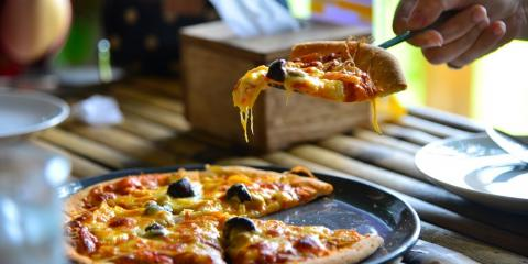 The Top 5 Worst Pizza Myths , Greece, New York
