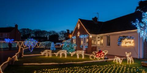 3 Tips For Safely Hanging Holiday Lights, Greensboro, North Carolina
