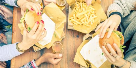 4 Factors to Consider When Choosing Where to Eat With Friends, San Marcos, Texas