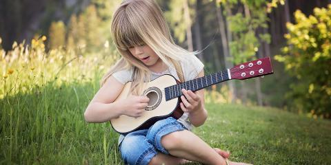 3 Benefits of Guitar Lessons for Kids, Honolulu, Hawaii