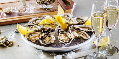 The Best Wines to Drink With Oysters? A Gulf Shores Oyster Bar Weighs In, Gulf Shores, Alabama