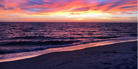 3 Irresistible Reasons to Watch the Sunset at a Beachside Restaurant, Gulf Shores, Alabama