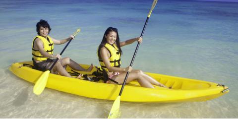 Should You Choose Kayaking or Paddleboarding?, Waialua, Hawaii