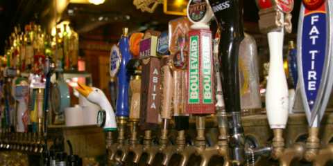 What Makes a Great Happy Hour? Find Out at Buzzard Billy's, Lincoln, Nebraska