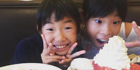 Top 5 Yummy Ways to Enjoy Family Brunch at Eggs 'n Things, Honolulu, Hawaii