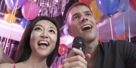 3 Reasons to Choose Karaoke for a First Date, ,