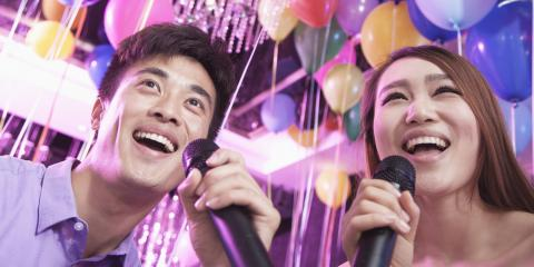 3 Reasons Why Going to a Karaoke Bar Is a Perfect First Date, Honolulu, Hawaii