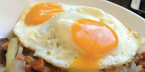 5 Suggestions for the Best Brunch Picks at Eggs 'n Things, Honolulu, Hawaii