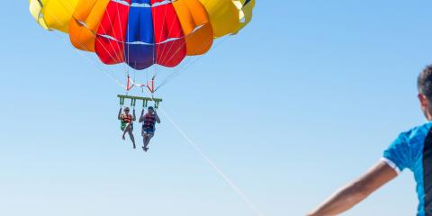 3 Safety Tips for Parasailing, Honolulu, Hawaii