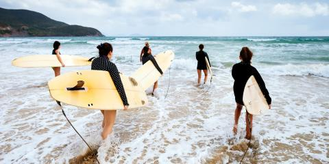 5 Surfing Etiquette Rules When on the Water, Honolulu, Hawaii
